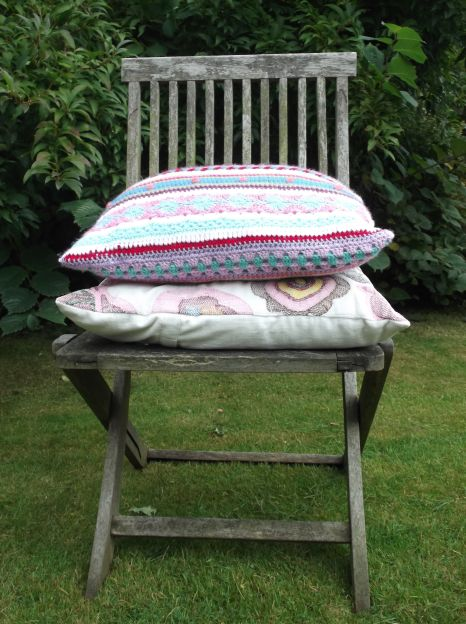 Completed cushion