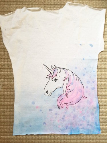 t shirt painting with fabric paints and pens