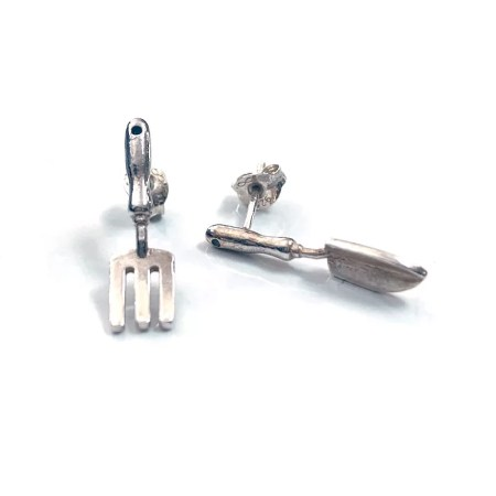 Nicole Iredale - gardening Fork and trowel studs
