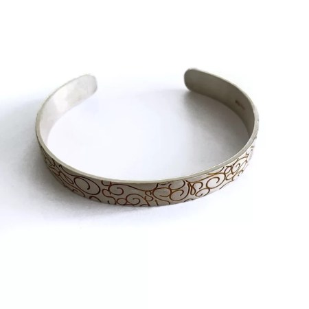 Ria Poynton - detailed wire silver cuff bangle