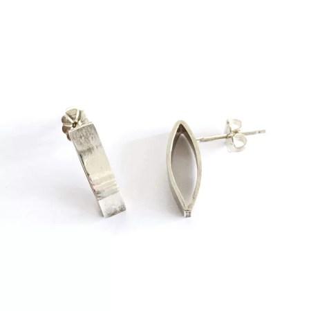 Ria Poynton - plain silver studs