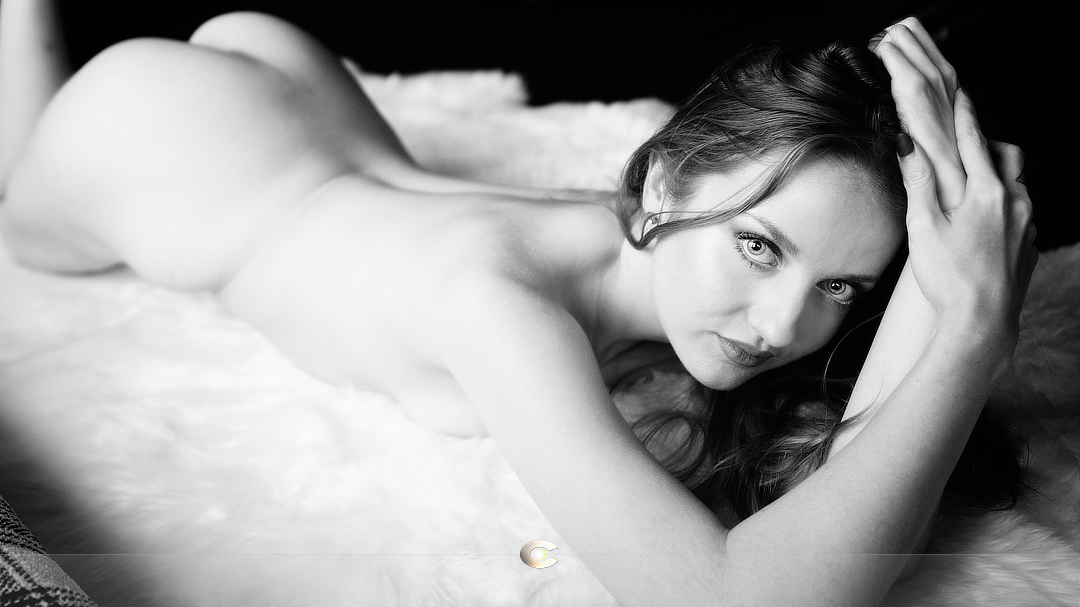 Posing Women for Boudoir by Cam Evans, Photographer