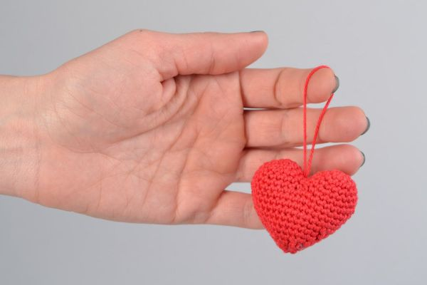 Подвеска сердце для дома вязаная красная для подарка декор ...