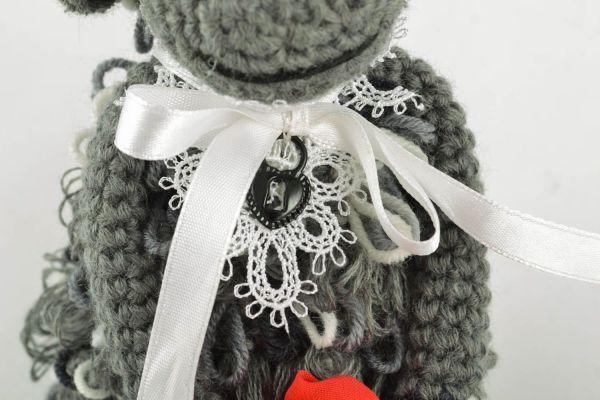 Мягкая вязаная игрушка Леди овечка 98171843 - купить в ...