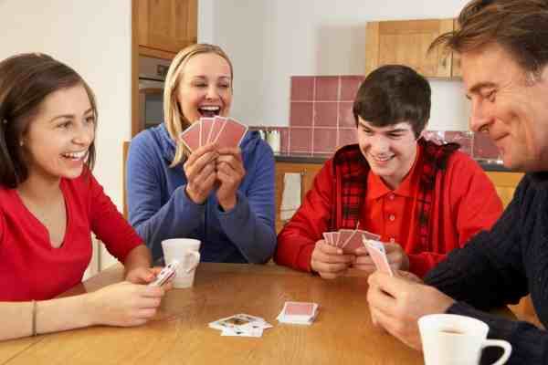 Top 15 Fun And Easy Card Games to Play As A Family