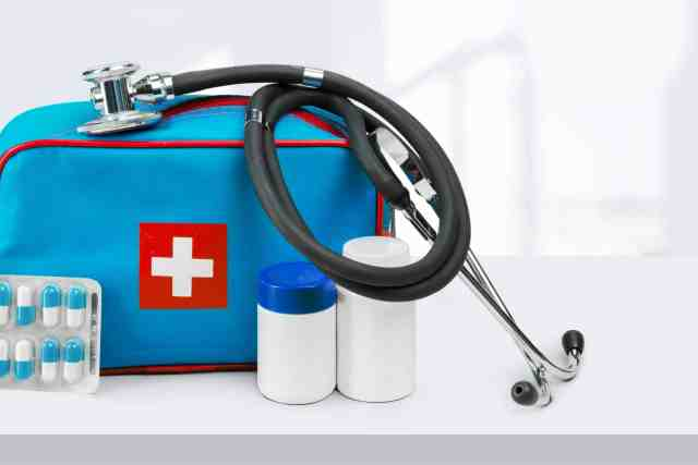 family preparedness plan includes a first aid kit