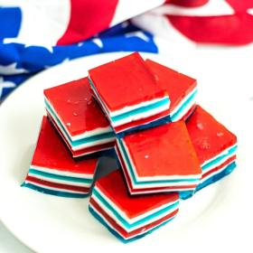 red white and blue jello jigglers