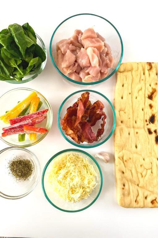 chicken bacon ranch flatbread ingredients