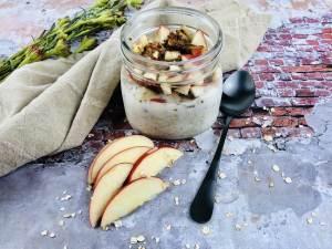 overnight oats apple cinnamon