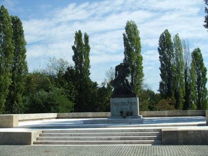 mirogoj-estatua.jpg