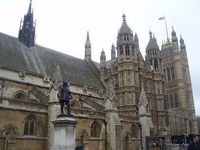 parlamento1.jpg