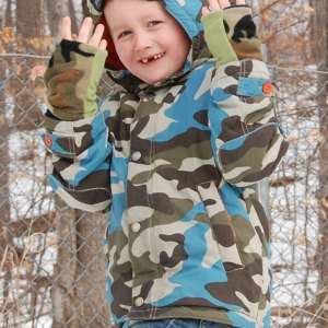Camo Seasons Reversible Fingerless Gloves Child
