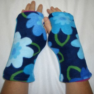 Garden Variety Reversible Fingerless Gloves Child