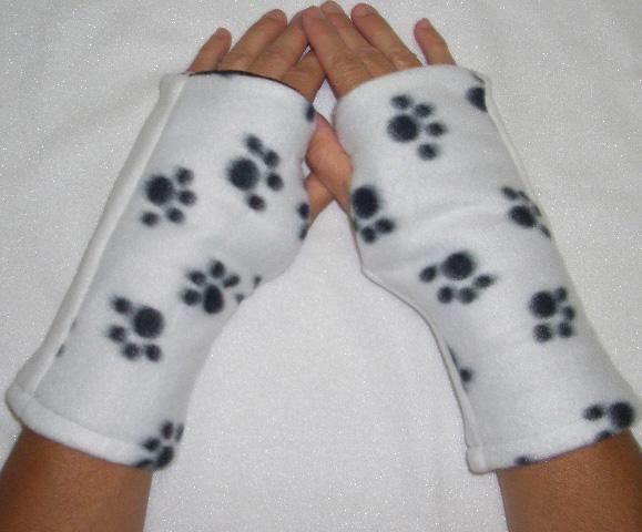 Puppy Paw Dalmatian Reversible Fingerless Gloves