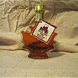Fancy Maple Leaf Jar Maple Syrup
