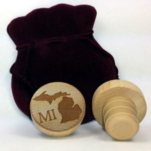 WineO Wooden Wine Stoppers