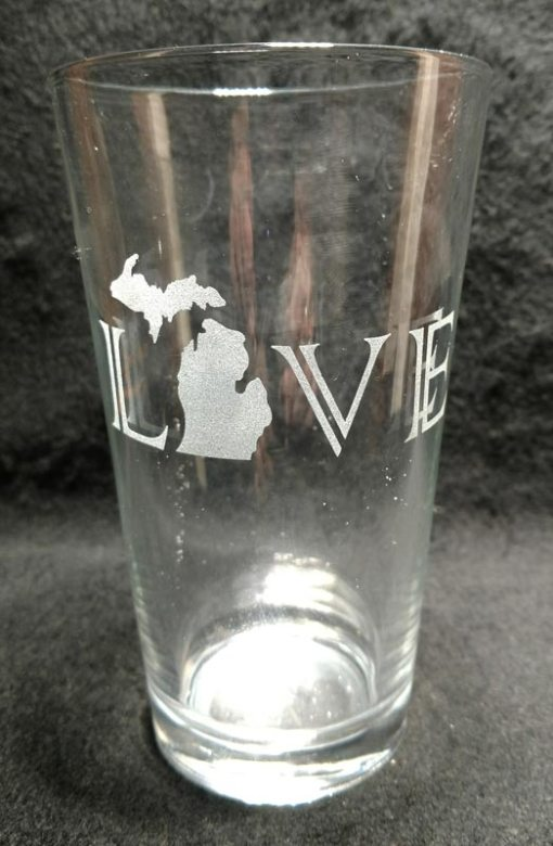 Engraved Michigan Pint Glass LOVE Michigan