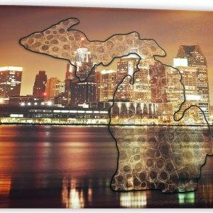 Michigan Glass Cutting Board Detroit Skyline