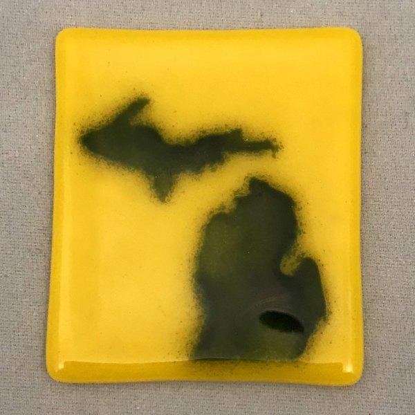 Michigan Magnet Blue Gold