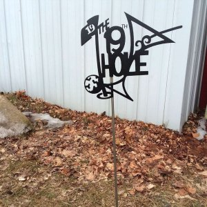 The 19th Hole Yard Stake