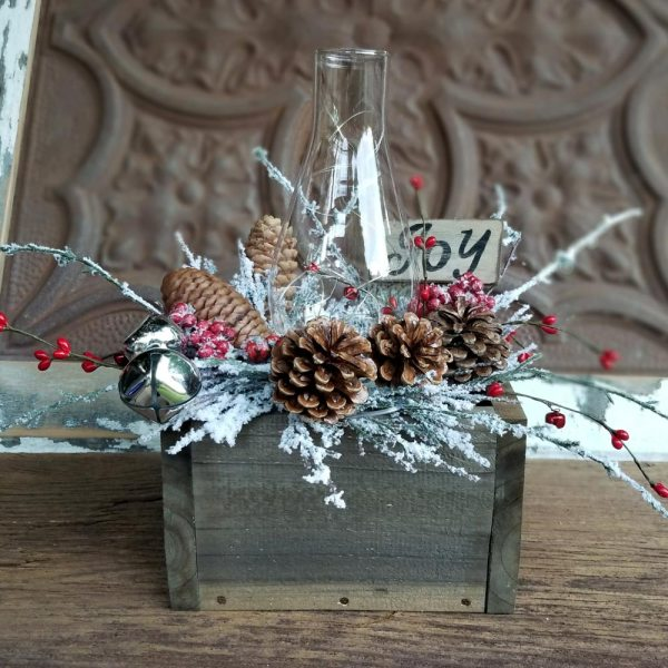 Holiday Joy Centerpiece