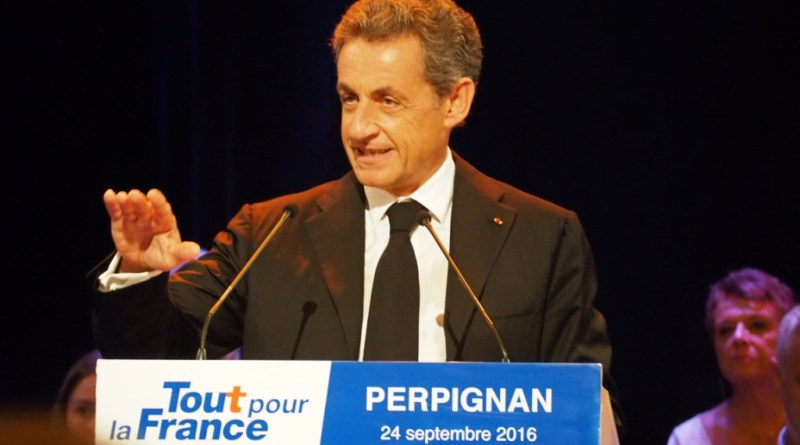 Sarkozy en garde à vue – «Avec les compliments du Guide», Sarkozy – Kadhafi l'histoire secrète