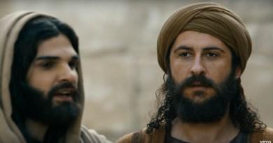 Mister Balckstone se métamorphose en Pierre dans la comédie musicale Jésus de Pascal Obispo