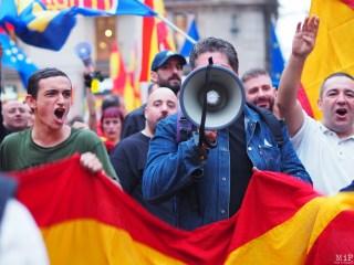 Barcelone - Manifestation des pro Espagne contre le référendum catalan-9300316