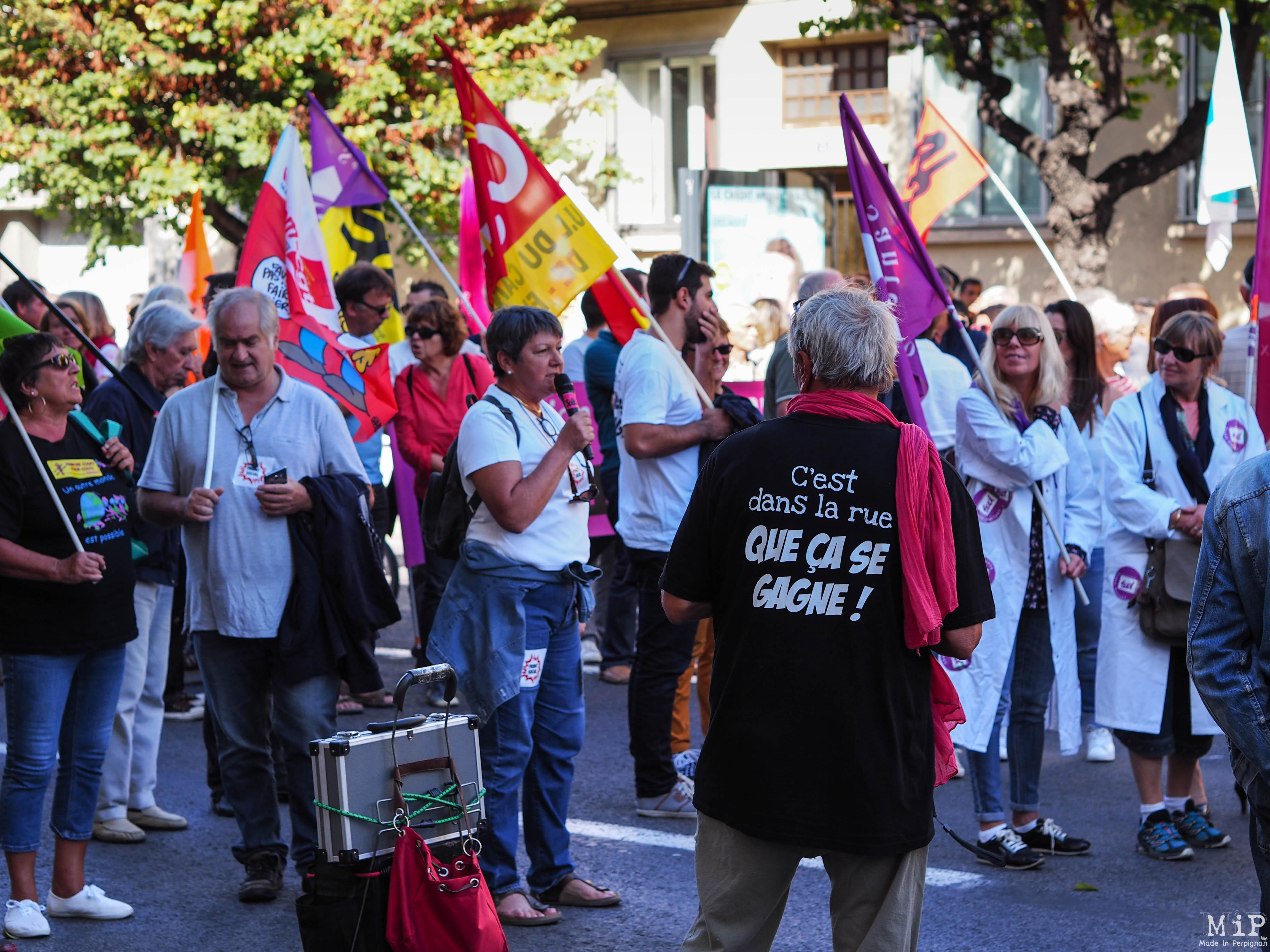 Perpignan - Manifestation pour défendre la fonction publique -100005