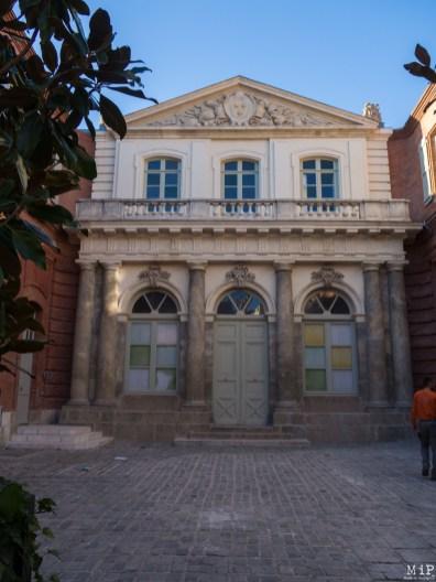 Façade rénovée de l'Ancienne Université