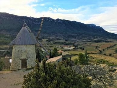 Cucugnan-Village - Credit KikiMag Travel 1