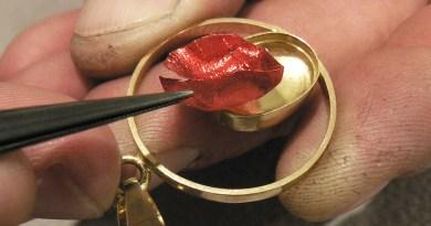 """Grenat de Perpignan – Le Bijou """"sang et or"""" désormais protégé par l'INPI"""