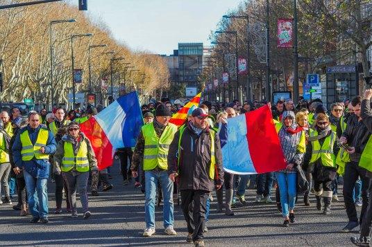 Au départ des Allées Maillol, une partie des Gilets Jaunes va rejoindre la seconde partie de la manifestation en provenance de la Place Catalogne