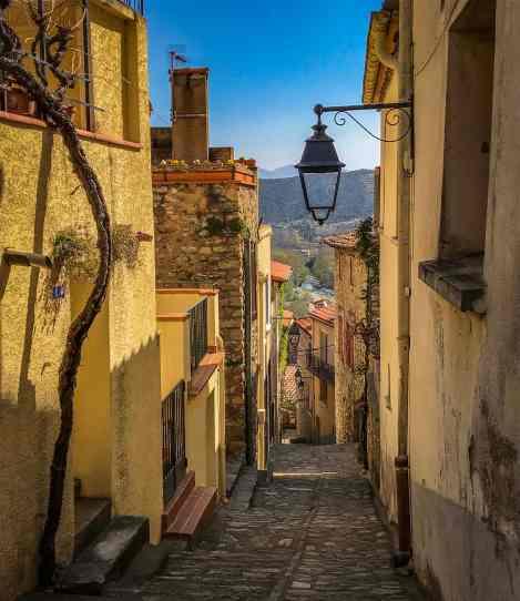 les-rues-de-Palalda-vallespir-insolite