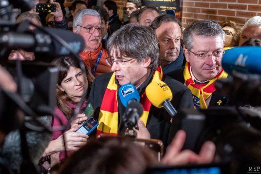 Carles Puigdemont Meeting Perpignan TothomAPerpinya Aimé Giral USAP François rivière © Arnaud Le Vu / MiP / APM