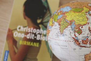 livre-birmane-idée-lecture-voyage-scaled