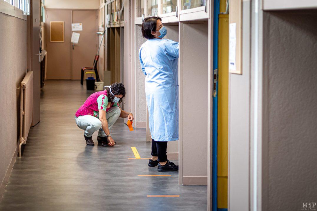 11/05/2020 Perpignan, France, Illustration déconfinement retour enfants en école primaire mesures barrière lavage mains © Arnaud Le Vu / MiP / APM