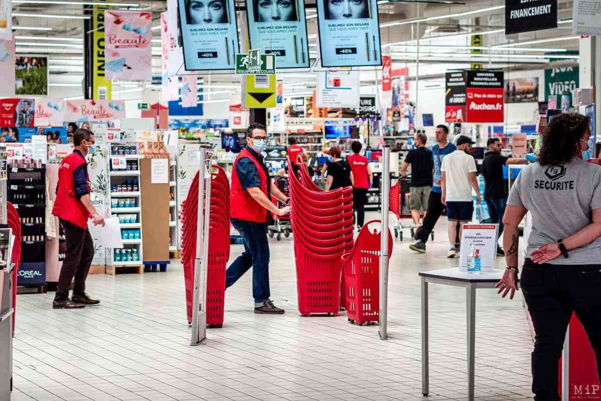 26/05/2020, Perpignan, France, illustrations Auchan GMS grande distribution, mesures barriere et distanciation physique, protection du personnel © Arnaud Le Vu / MiP / APM
