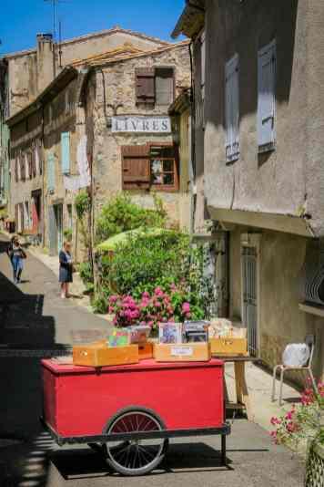 Montolieu, village du livre et des Arts
