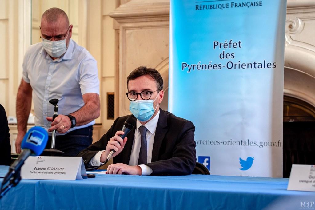 30/10/2020, Perpignan, France, Illustration vie quotidienne Covid-19 Coronavirus port masque commerce © Arnaud Le Vu / MiP