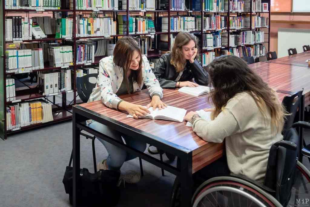 12 mai 2017, Perpignan, France, Opération de sensibilisation Tous unis pour un même défi Université UPVD avec des étudiantes tutrices © Arnaud Le Vu / MiP