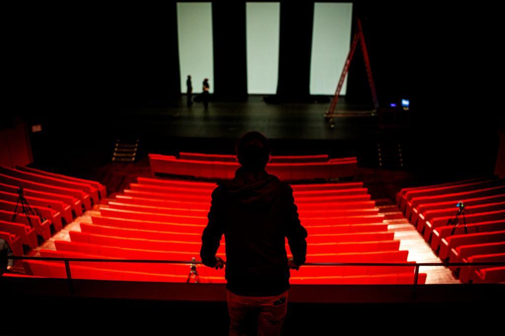 Concert à la criée au théâtre de l'Archipel - Crédit photo Idhir Baha