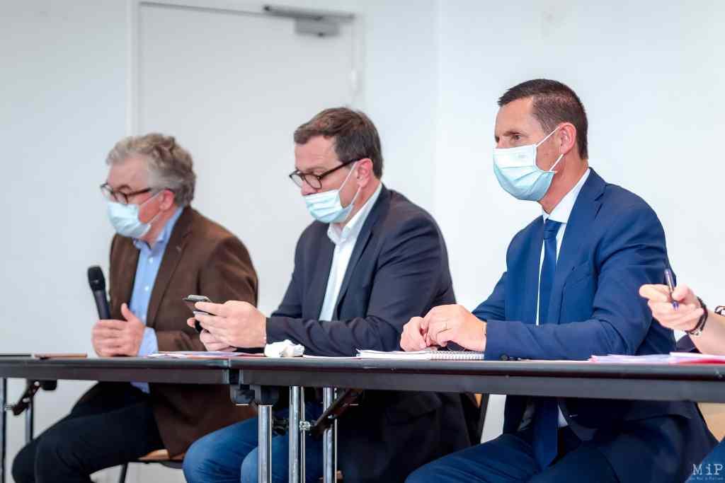 07/05/2021, Perpignan, France, Liste RN Jean-Paul Garraud, Louis Aliot, Gilles Foxonet élections départementales © Arnaud Le Vu / MiP