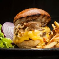 The 10 Best Burgers in Pittsburgh