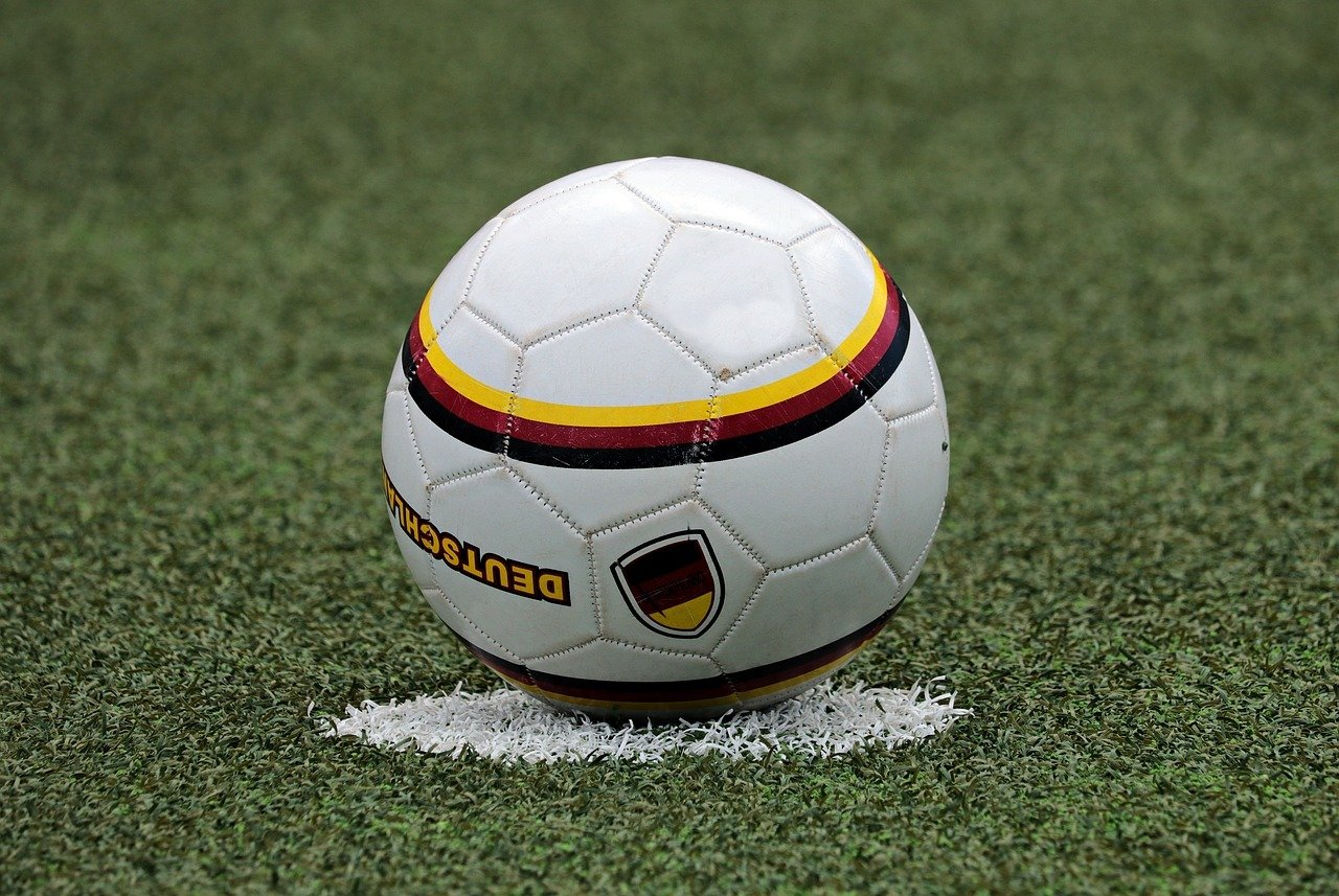 futbolo prekybos sistemos apžvalga