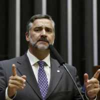 PT entrará com ação no STF contra decreto de Bolsonaro