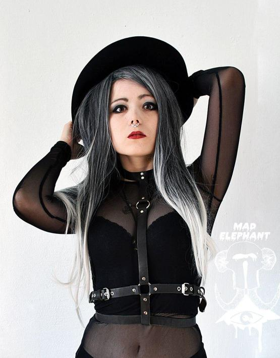 girl in choker leather harness
