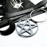 gothic leather fashion chokers with cute package