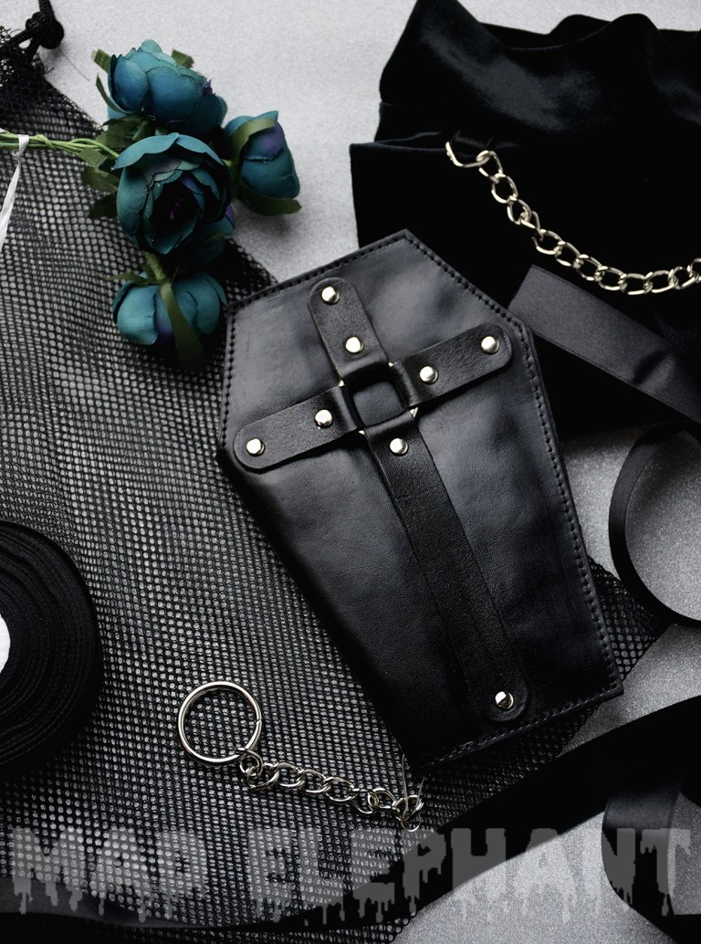 coffin shaped wallet