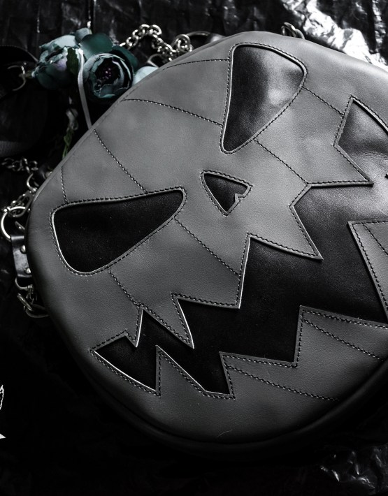 Convertible jack o lantern purse